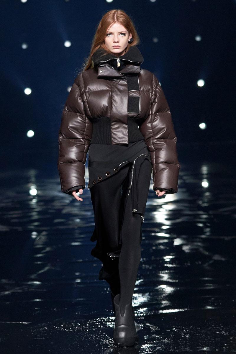 4_Givenchy-RTW-Fall-2021-runway-show-matthew-williams