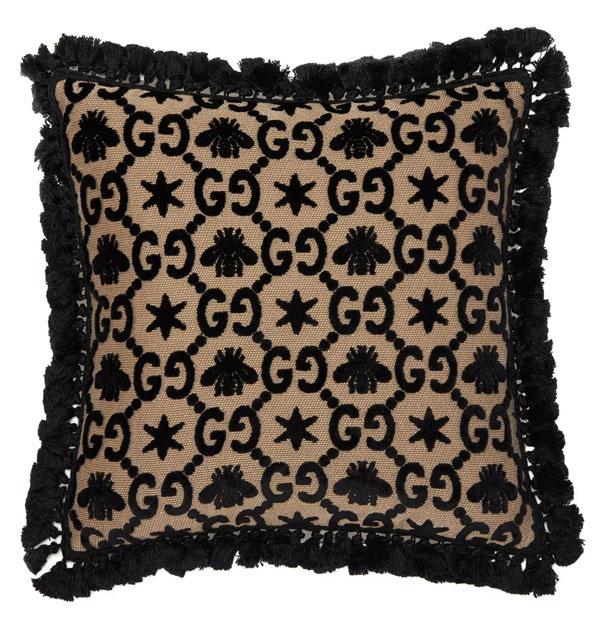 4_matchesfashion-gucci-gg-jacquard-velvet-cushion