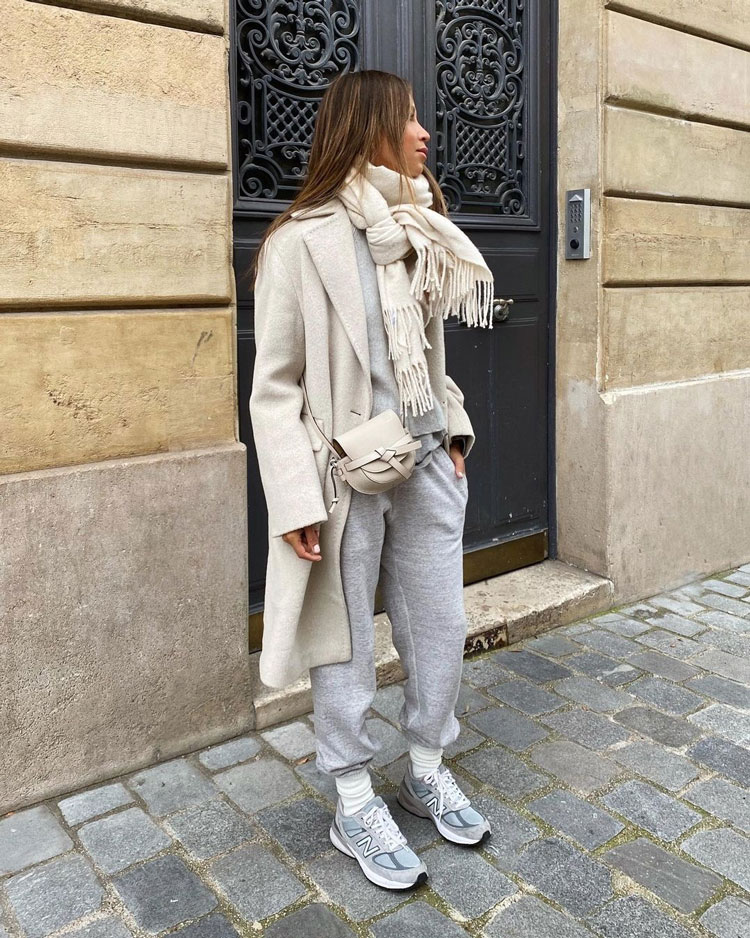 9_julie-sarinana-instagram-outfit-look-influencer