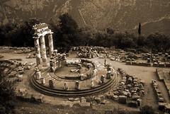1992.30.06-03 Delfos