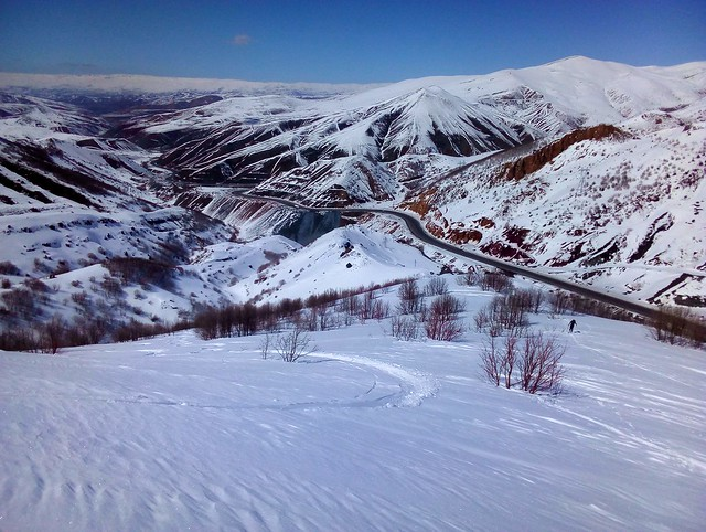 looking down toward Çirişli and Çat by bryandkeith on flickr