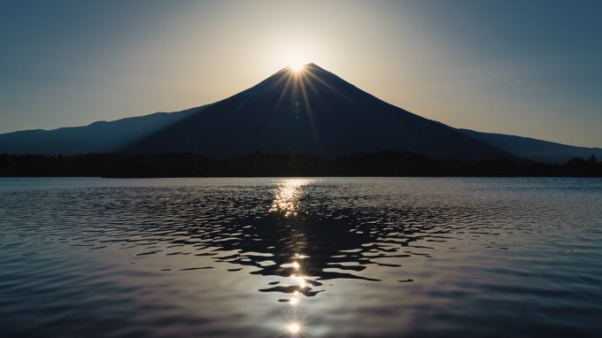 Diamond Fuji at Lake Tanuki