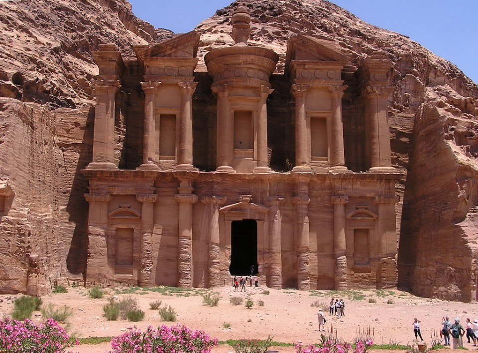 exterior Monasterio Al Deir Petra Jordania 12