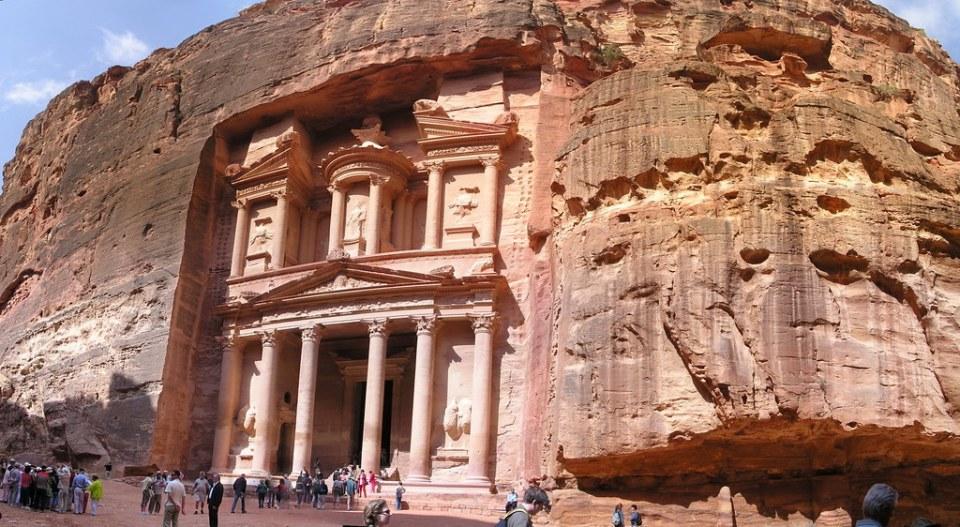 Jordania Petra Tumba Templo del Tesoro 05