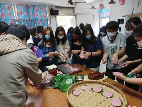 同學體驗製作菜包DIY (2)