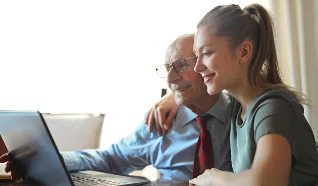 se-sentir-plus-jeune-protèges-les-gens-âgés-du-stress