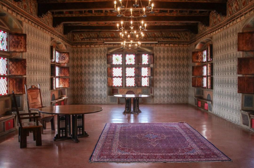 Castello di Pavone (interni)