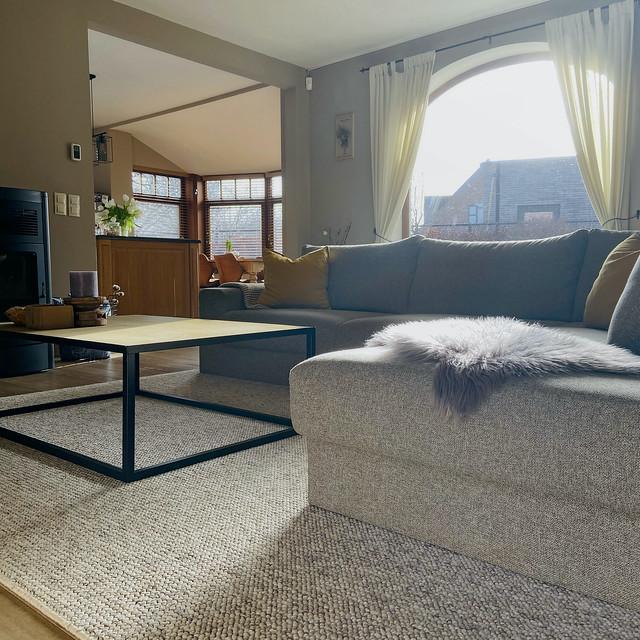 Boograam woonkamer Pastorijwoning Industriële salontafel