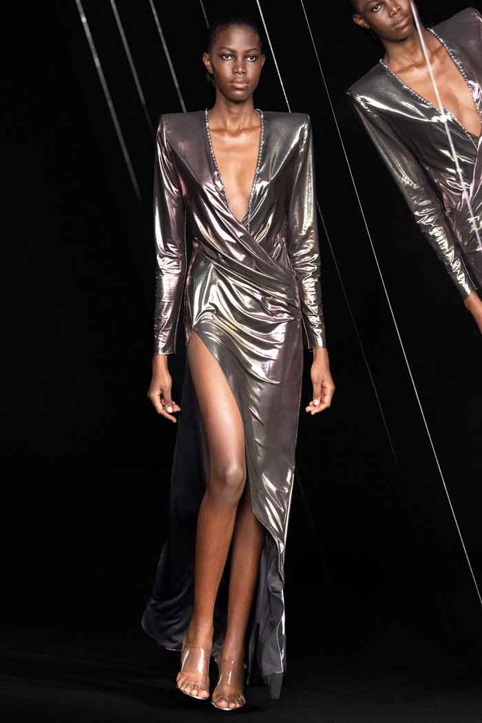 Azzaro-Couture-Fall-2021-runway_6