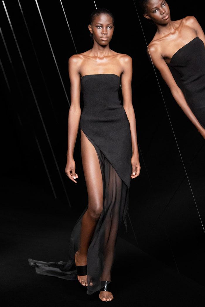 Azzaro-Couture-Fall-2021-runway_9