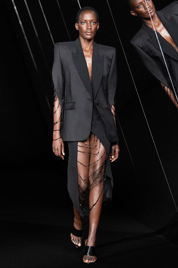 Azzaro-Couture-Fall-2021-runway_2