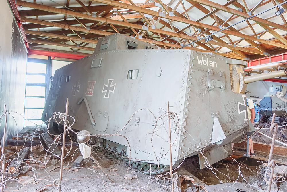 Sturmpanzerwagen A7V - the very first German tank