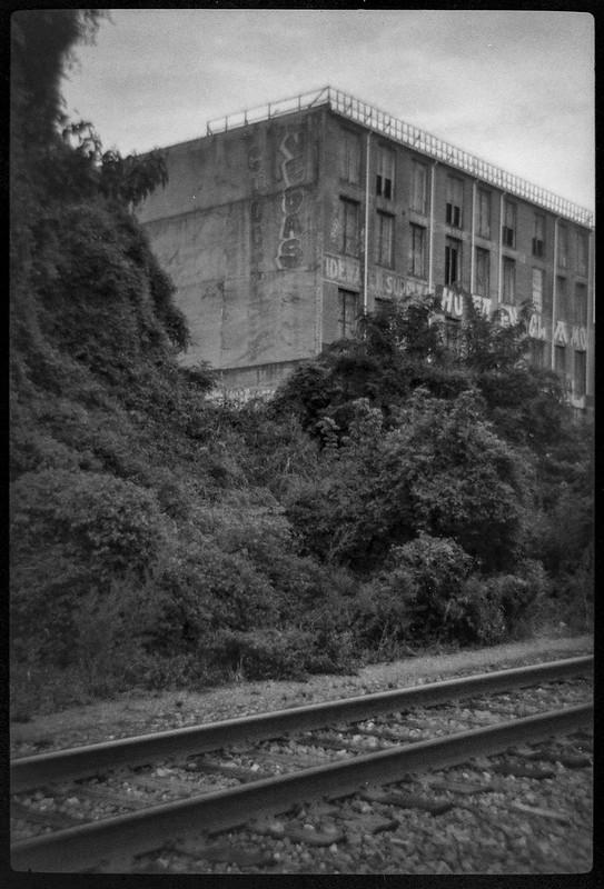 abandoned warehouse, trackside, urban decay, railroad district, Asheville, NC, Bencini Koroll 24S, Fomapan 400, HC-110 developer, 8.30.21