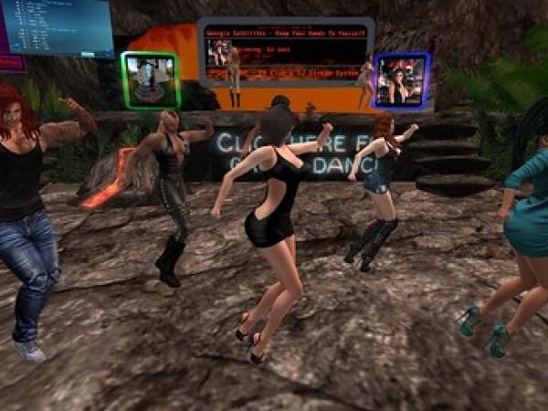 Group Dancers on a VRC TGIF_004