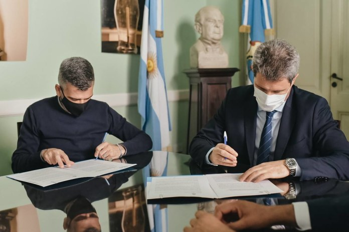 2021-10-04 PRENSA: Uñac firmo con el ministro de Desarrollo Social de la Nación un convenio por $120 millones