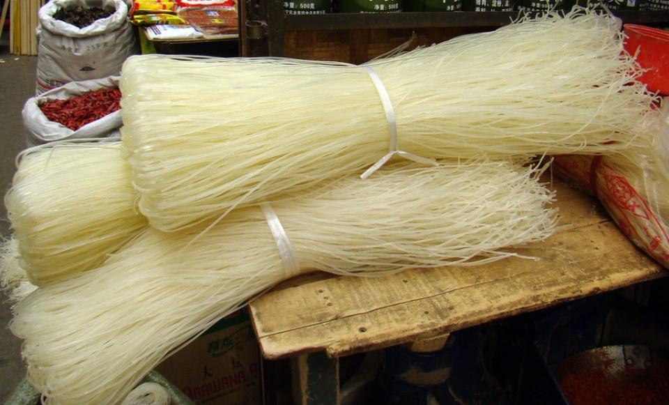 pasta fideos de arroz Mercado de Shigatse Tíbet 48
