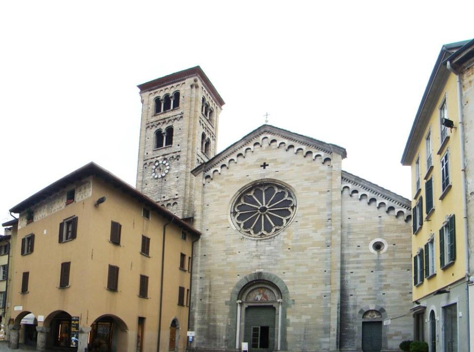 Basílica di San Fedele de Como Italia 05