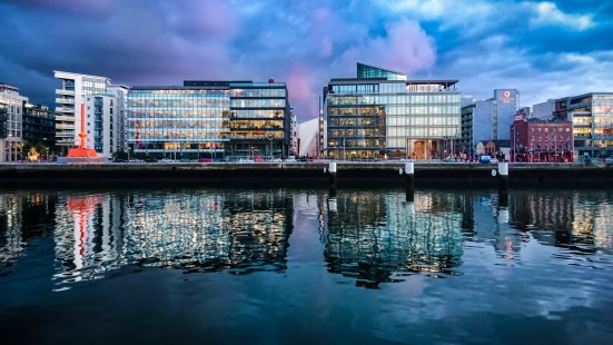 Reflections (Xperia Z5C) - Dublin, Ireland - Mobile photography