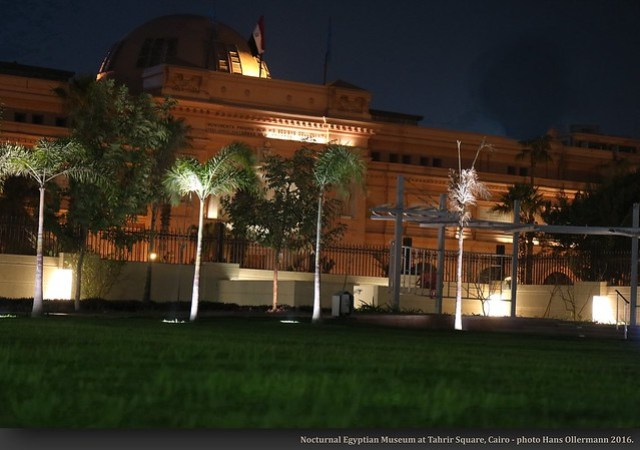 Nocturnal Egyptian Museum at Tahrir Square, Cairo - photo Hans Ollermann 2016.