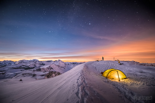 ^ Survival trip at 10'000ft: The tent ^
