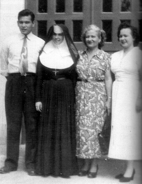Rosa Perez Salas with Family