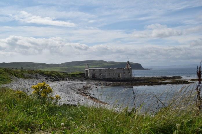 Casa en ruinas cerca del puerto