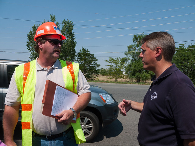 CDOT's Larry Haas talking with Boulder's Bill Cowern about the intersection of VIolet and US-36