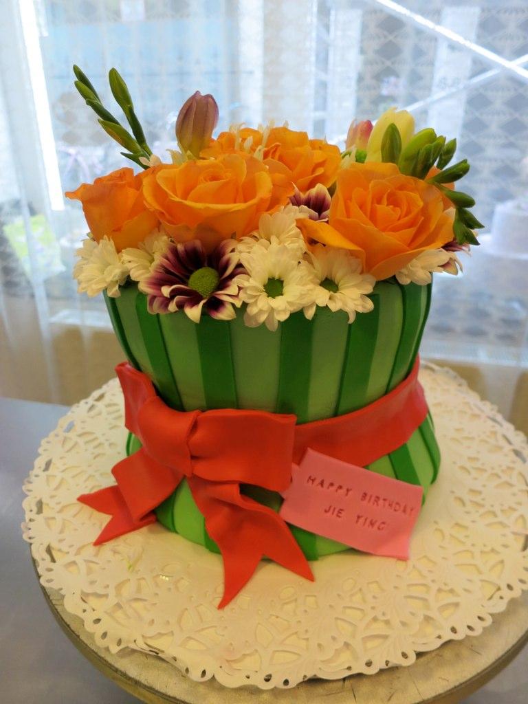 Flower Bouquet Birthday Cake Www Cakeamsterdam Com Flickr