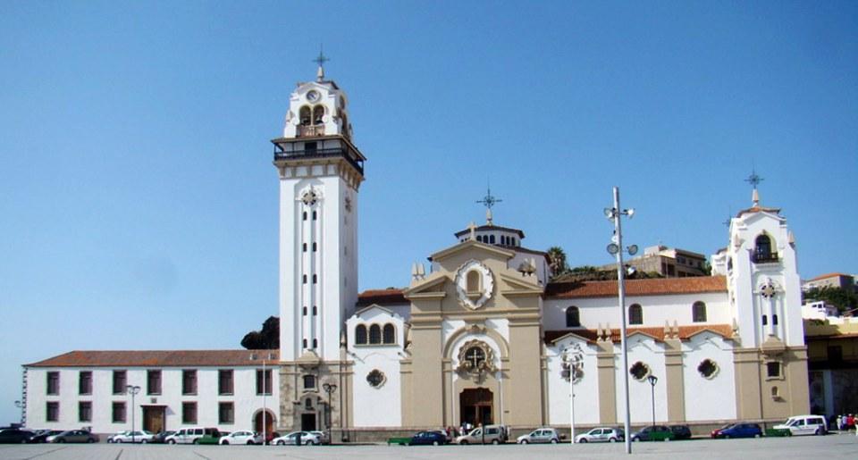Candelaria exterior Basilica y Real Santuario Mariano de Nuestra Señora de la Candelaria isla de Tenerife 04