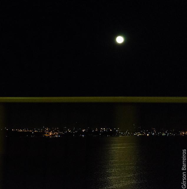 Manaus, vista da ponte.