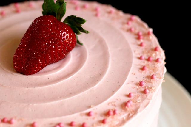 Strawberry Supreme Cake - 46