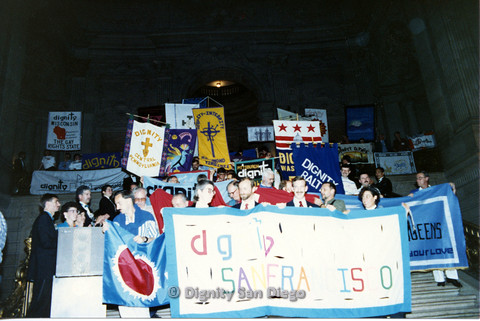 P103.110m.r.t Dignity Ninth Biennial Convention 1989: Group shot of men and women holding signs for Dignity from different states with San Francisco up front
