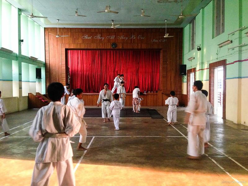 2013-05-05 Yangon - IMG_3688-FullWM