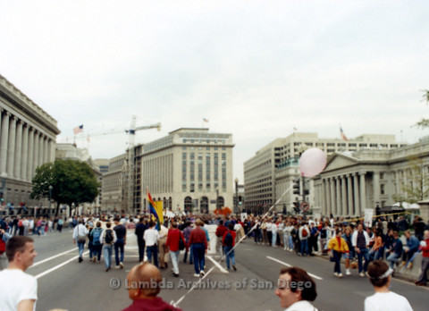 P019.270m.r.t Second March on Washington 1987: People marching on street next to Capitol Building