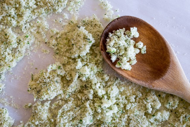 lime mint sugar crystals