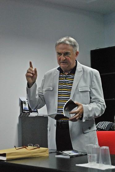 poetul Adrian Erbiceanu