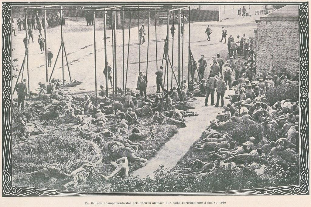 Foto antiga | old photo | Campo de prisioneiros alemães, em Bruges, 1914 | Camp of german prisoners in Bruges, 1914 | ww1 | 1910s
