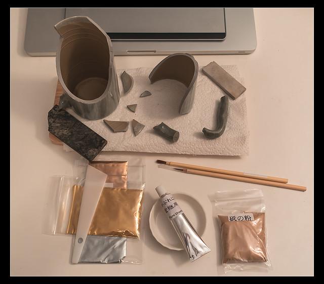 A kintsugi repair kit