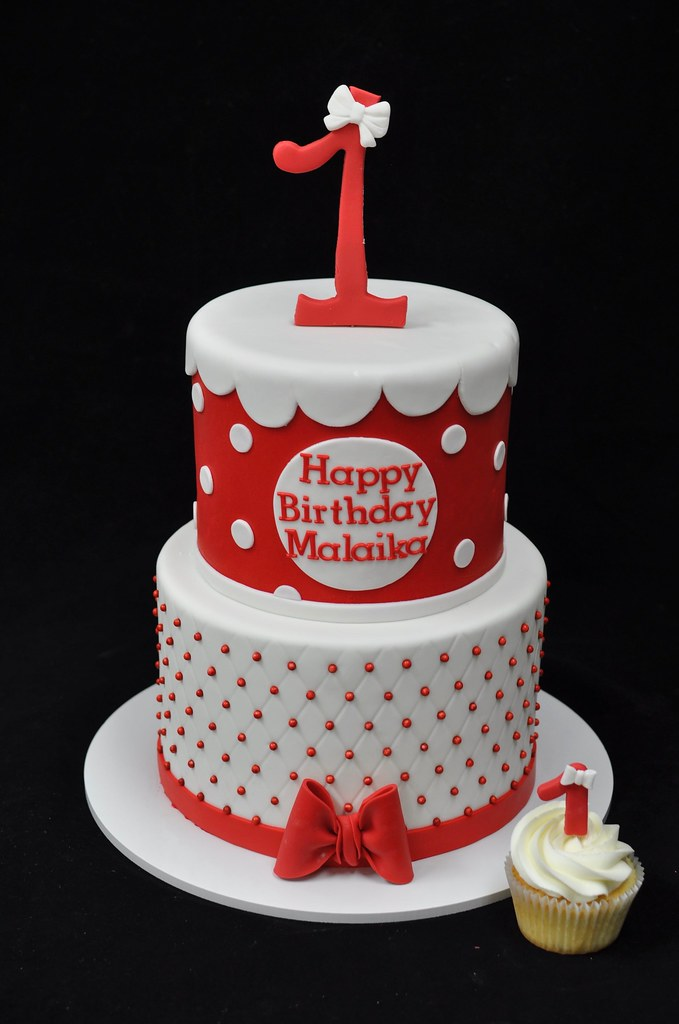 Minnie Mouse First Birthday Cake And Cupcake Jenny Wenny Flickr