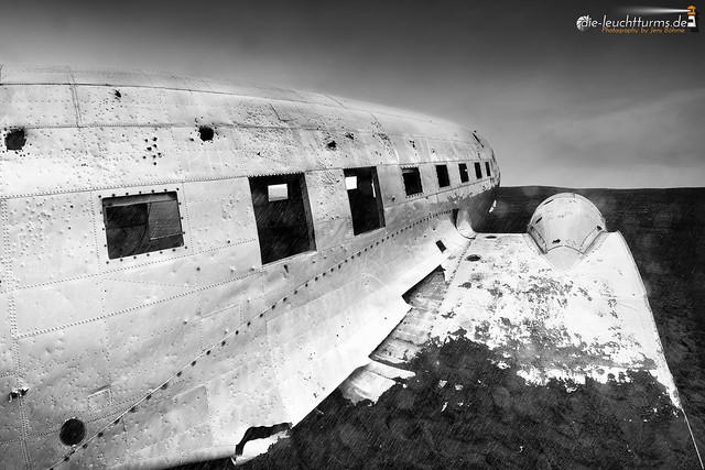 Solheimasandur plane wreck in crappy weather