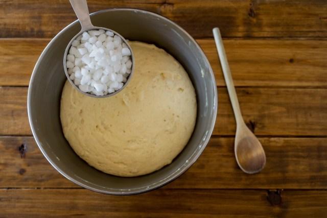 adding the pearl sugar