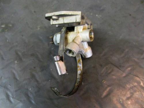 Front Brake Line Splitter-Manifold Detail