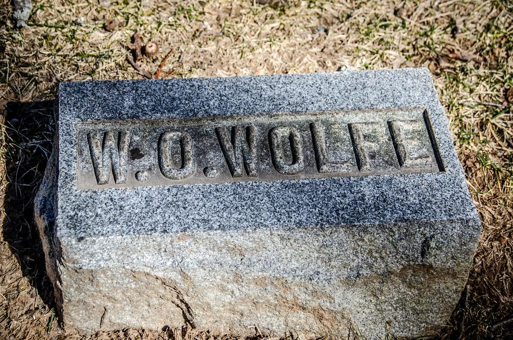 W. O. Wolfe Grave