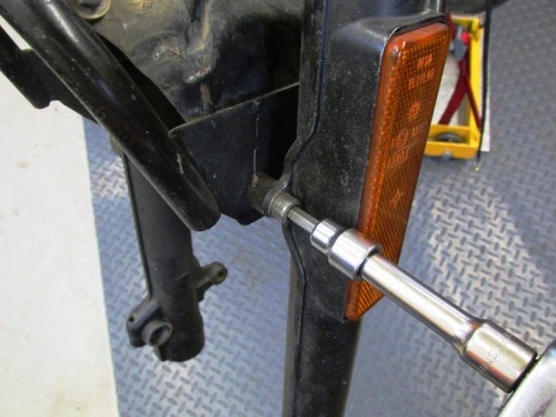Remove Fork Brace