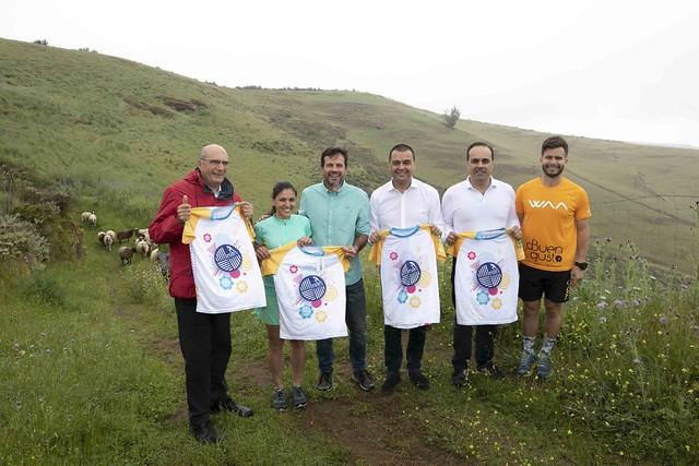 844 corredores participan este sábado en la 8ª Carrera 'Entre Cortijos' que se celebra en Guía
