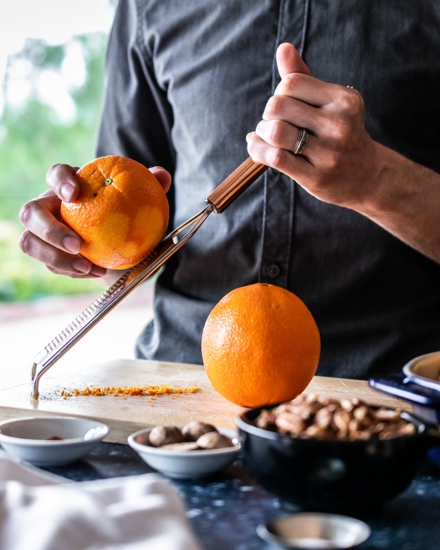 it's much easier to zest your oranges *before* you juice them