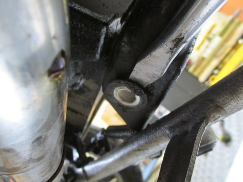 Pry Center Stand Bushing Out