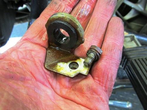Rear Steel-to-Rubber Brake Line Bracket Detail
