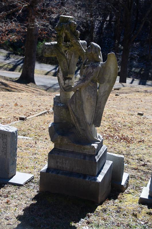 Lucy Ann Cliff grave-001