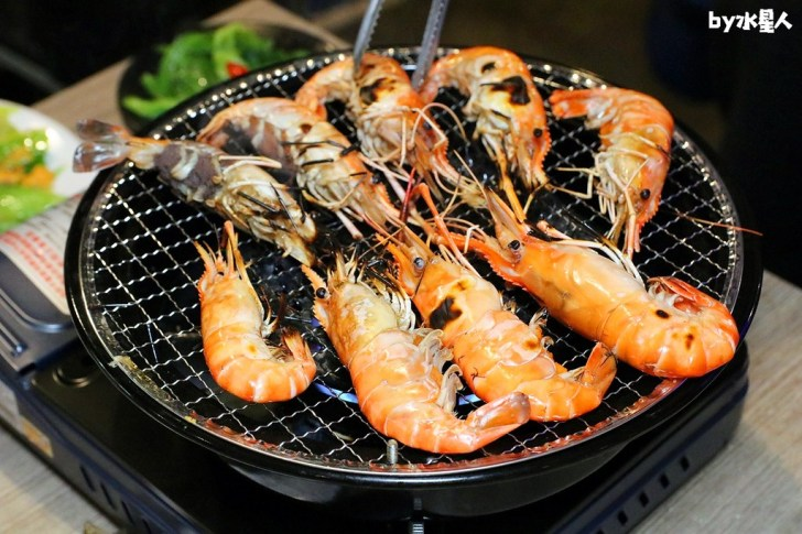 40619464293 3eae8efec3 b - 熱血採訪|台灣庄腳情,泰國流水蝦+古早味手路菜吃到飽,爽嗑東石鮮蚵
